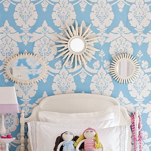 Wallpaper for Girl's Room - Traditional - girl's room