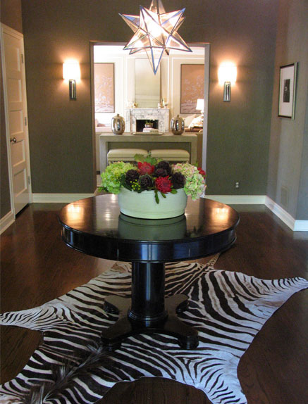 Round Foyer Table Uk : Black modern foyer tables native home garden design
