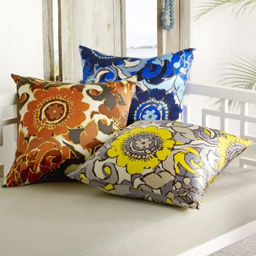 beach club floral print pillow cover | west elm