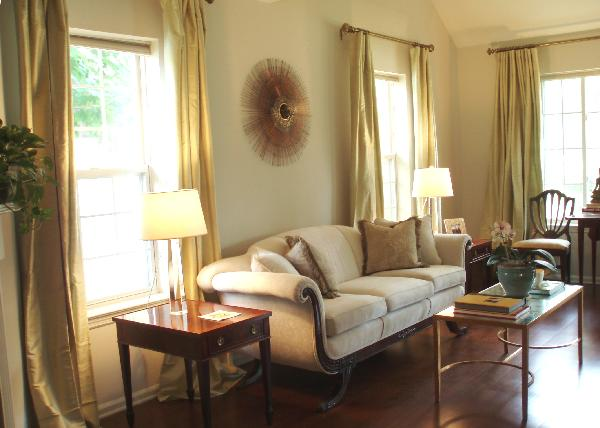 Living Room Benjamin Moore Pale Oak