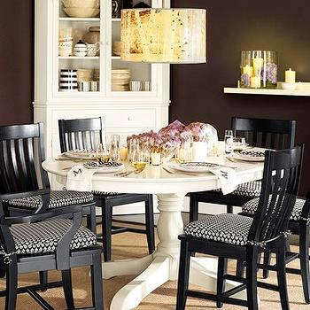 miscellaneous - Benjamin Moore - Caponata - round dining table, chairs, pendant lighting,  Benjamin Moore Paint Gallery