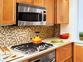 glass tile backsplash contemporary kitchen