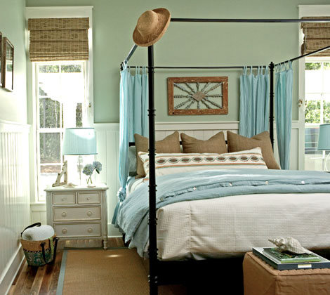 Design Home Furniture on Bedrooms   Black  Iron  Canopy Bed  Turquoise  Blue Silk  Bed  Panels