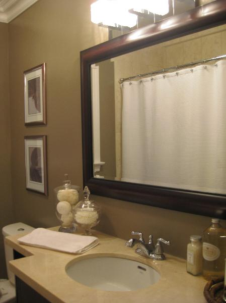 Taupe Bathrooms - Transitional - bathroom - Wallpaper