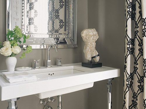 Bathroom Decor With Grey Walls : Gray bathroom contemporary