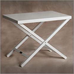 Sutton Bridge 40, Aluminum White Frame Monterey Table