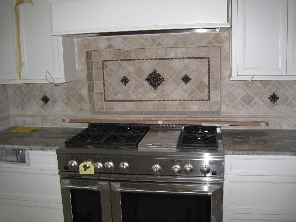 White Kitchen Cabinets With Copper Backsplash Quicua – Kitchen Backsplash White Cabinets