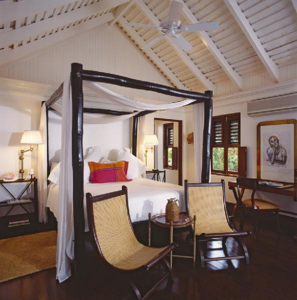 Bamboo Canopy Bed Cottage Bedroom