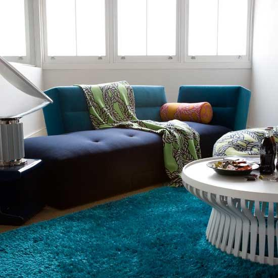 Wonderful Interior The Elegant Teal And White Area Rug: Living Room