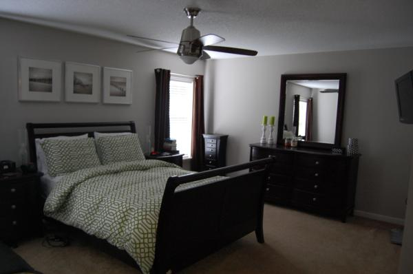 Bedroom with Grey Walls Black Furniture 600 x 398