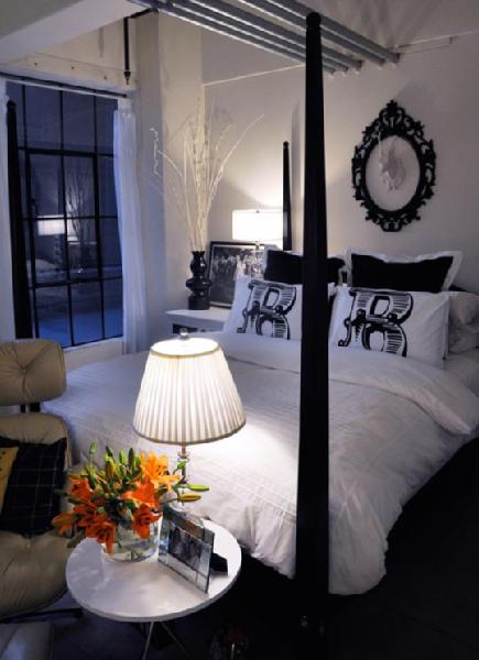 Ung drill contemporary bedroom apartment therapy for Bedroom inspiration apartment therapy
