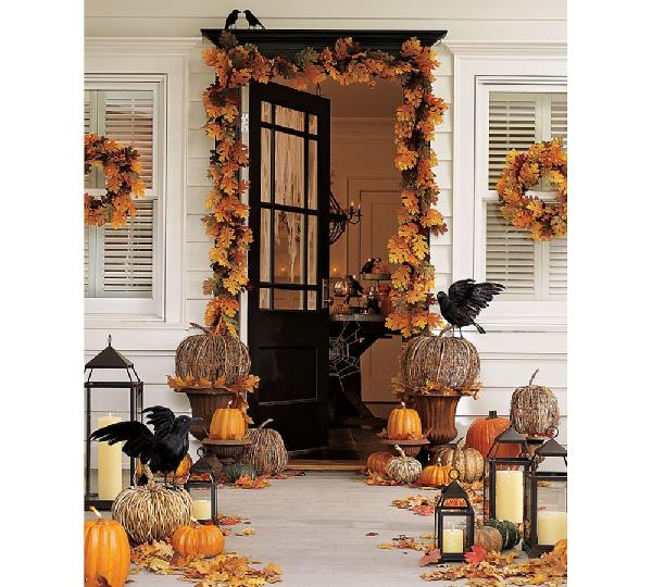 porches - Halloween, fall, pumpkins, crows, porch,  Via pottery barn.   Such a cute Halloween set up!