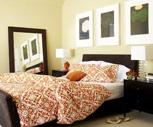 White and orange bedding contemporary bedroom - Orange and white bedroom ideas ...