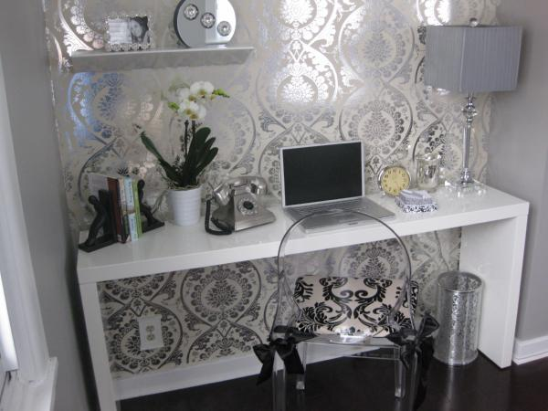 dens/libraries/offices - Benjamin Moore - Barren Plain - metallic wallpaper, lacquer desk, white lacquer desk, white desk, white desk, waterfall desk, white waterfall desk,