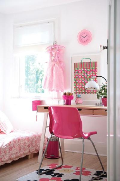 House & Home - girl's rooms - pink, plastic, desk, chair, wood, sawhorse, desk, desk, lamp, platform, bed, white, roman, shade, pink, chrome, garbage, can, pink, bedding, pink room, pink girl room, pink girls room, pink girl bedroom, pink girls bedroom, pink chair, desk chair, pink desk chair, hot pink chair, hot pink desk chair,