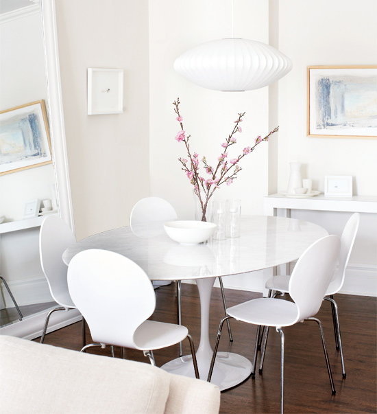 Saarinen Oval Dining Table Contemporary Dining Room Style At