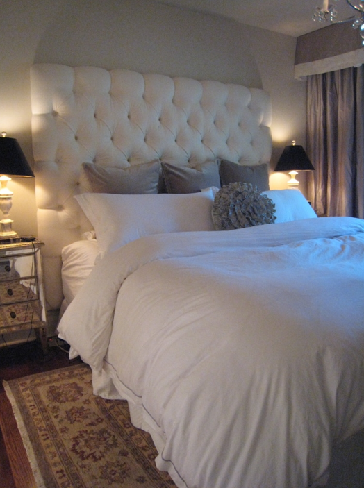 Velvet Tufted Headboard Contemporary Bedroom
