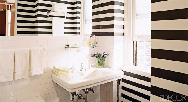 Elle Decor - bathrooms - black, white, striped, walls, subway tiles, backsplash, stripe wall, striped wall, black and white striped wall, white and black striped wall,