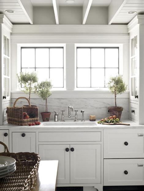 Traditional Home - kitchens - white, glass-front, kitchen, cabinets, oil-rubbed bronze, hardware, knobs, marble, countertops, backsplash, topiaries, baskets,