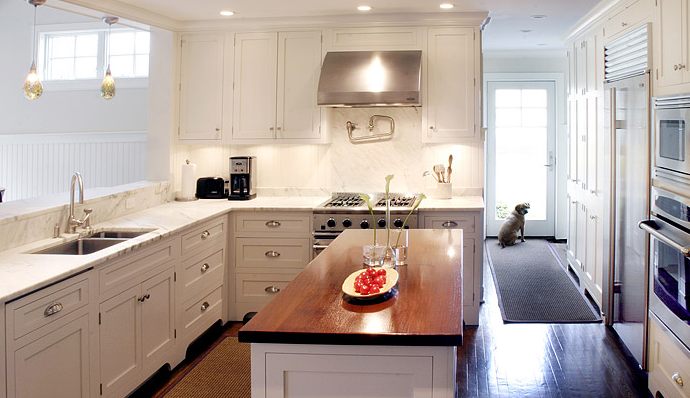 White Shaker Kitchen Cabinets Transitional