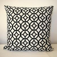 Pillows - Designer FabricDouble Wedding Ring PatternVelvet on by kyoozi - white, black, wedding ring,circles, pillow