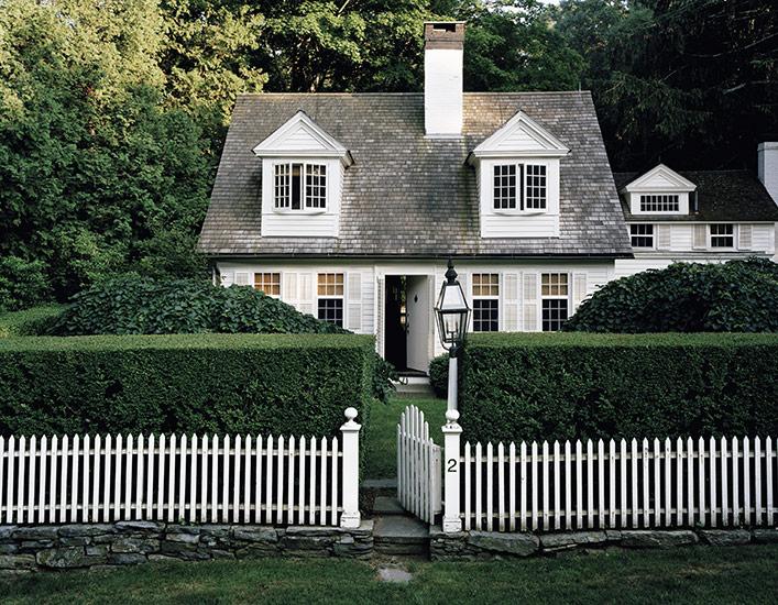 Cape Cod Cottage - Traditional - home exterior - Douglas Friedman