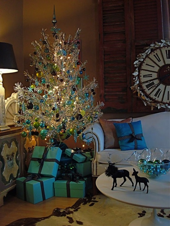 Tiffany Blue Living Room Accessories