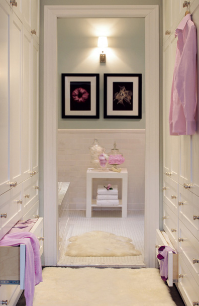 Wal throgh closet transitional closet graham moss for Bedroom designs with attached bathroom and dressing room