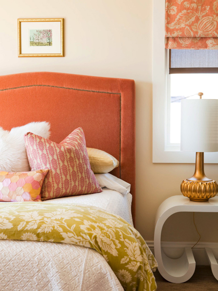 Alice Lane Home - bedrooms - roman shade, velvet headboard, orange velvet headboard, orange roman shade,  Chic, modern orange bedroom design