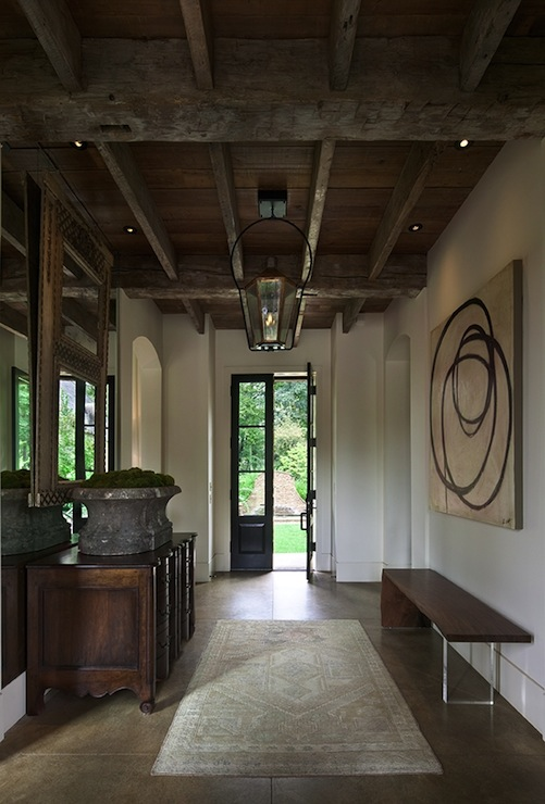 Rustic exposed beams ceiling cottage entrance foyer for Foyer ceiling design