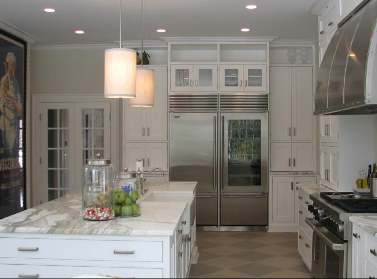 Transitional decor kitchens afreakatheart for Transitional kitchen designs photo gallery