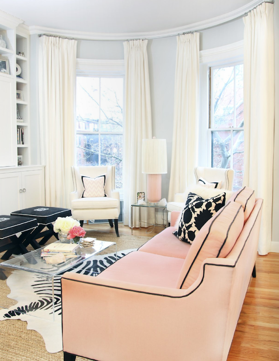 Suzie: Erin Gates  elementsofstyleblog.com  Gorgeous chic city living room design with gray ...