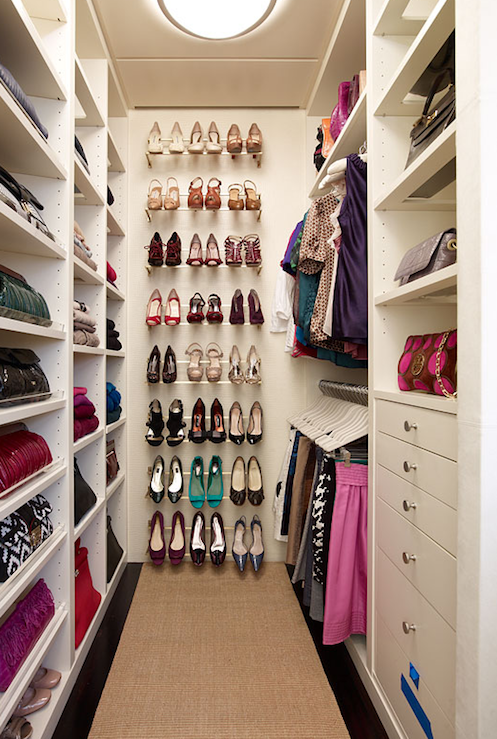 organized walk in closets