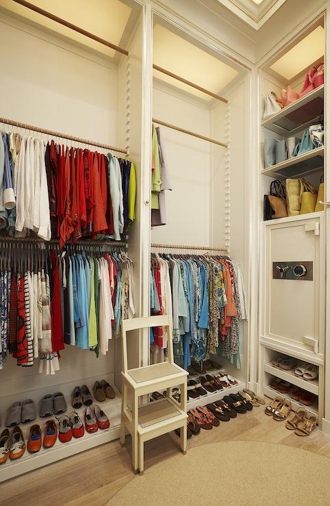 Closet safe contemporary closet closette for Walk in safes for homes