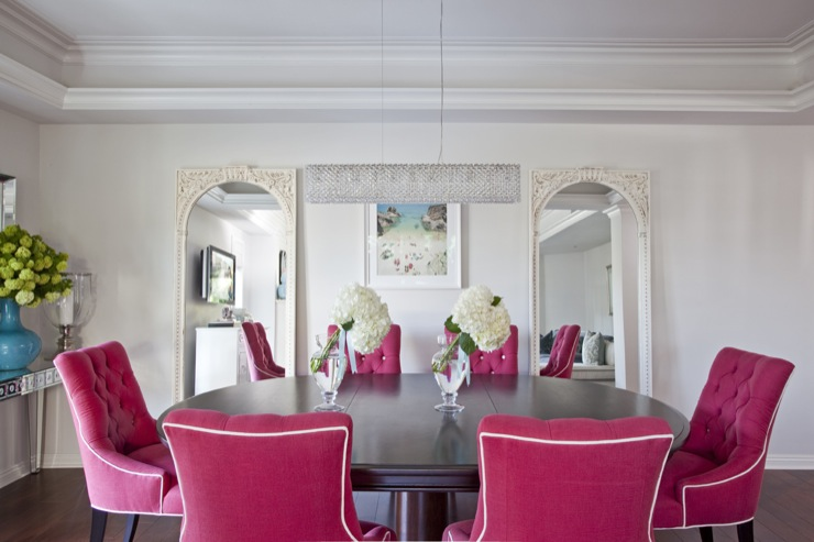 Armonia Decors - dining rooms - Benjamin Moore - Classic Gray - floor mirrors, dining chairs, pink dining chair, pink dining chairs, dining room floor mirrors, hot pink chairs, hot pink dining chairs, hot pink tufted chairs, hot pink tufted dining chairs, oval dining table,