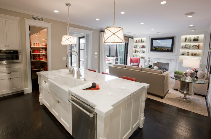 Sink And Dishawasher In Kitchen Island Contemporary
