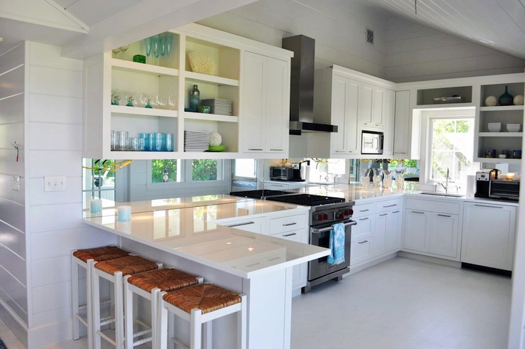 Seagrass Barstools Cottage kitchen Lynn Morgan Design