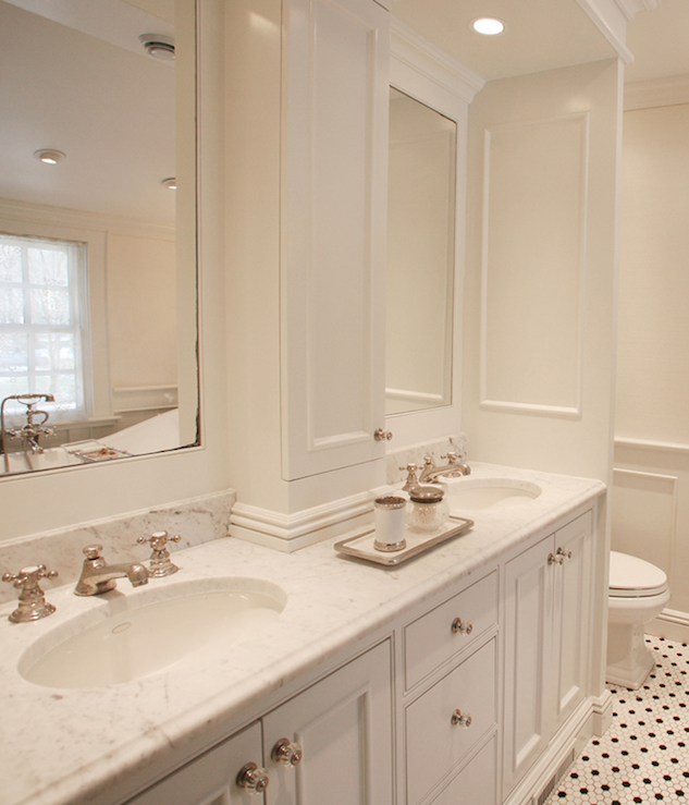 Double Vanity with Center Console - Traditional - bathroom - MSM ...