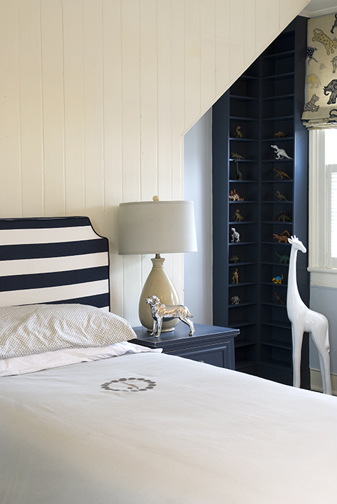 Finnian's Moon Interiors - boy's rooms - white, paneled, walls, twin bed, monogrammed, bedding, white, black, striped, headboard, navy blue, nightstand, navy blue, built-ins, white, porcelain, giraffe,