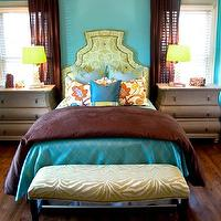 Miscellaneous - Color Inspiration / Rich turquoise and brown bedroom - yellow lamp, brown and turquoise bedroom
