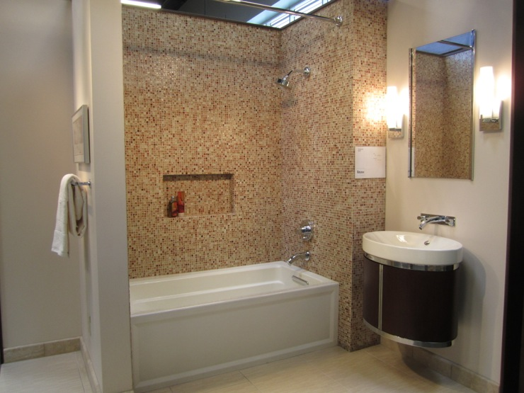 Bathroom - Tile shower surround ideas ...
