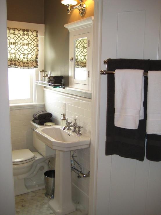 gray walls contemporary bathroom benjamin moore. Black Bedroom Furniture Sets. Home Design Ideas