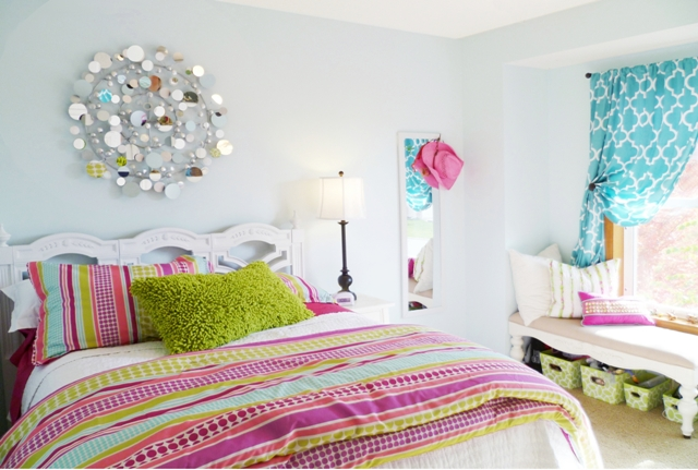 Keys to view more girl s rooms swipe photo to view more girl s rooms