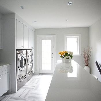 Second floor laundry room design decor photos for Laundry room floor ideas