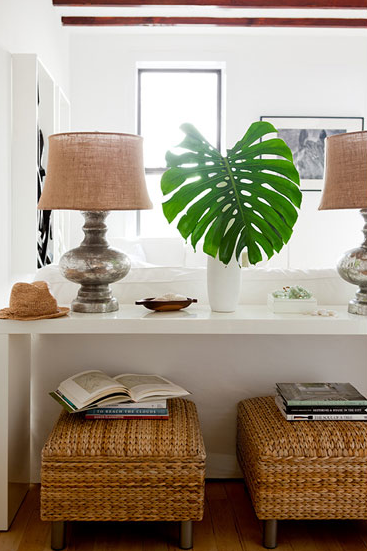 Suzie: The Brooklyn Home Company - Gorgeous console vignette with glossy white lacquer console ...