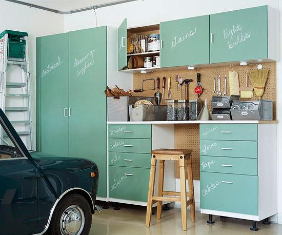 Garage cabinets traditional garage martha stewart for Martha stewart garage organization