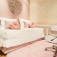 girl's rooms - pink, bedroom, cute, pink room, pink girl room, pink girls room, pink girl bedroom, pink girls bedroom, daybed, girls daybed, pink rug,