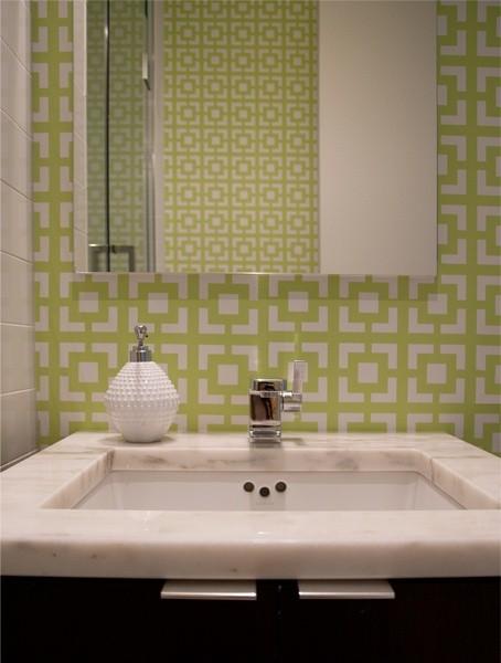 chain link wallpaper contemporary bathroom sabbe