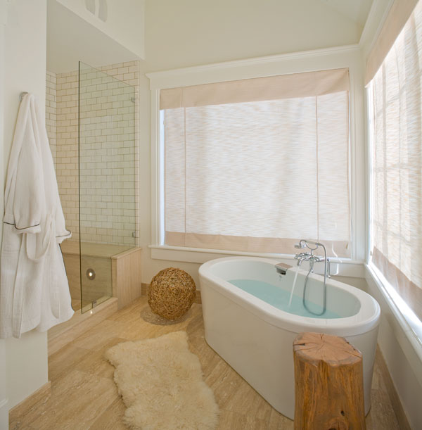 Angled Bathtub Contemporary Bathroom Amber Hobbs