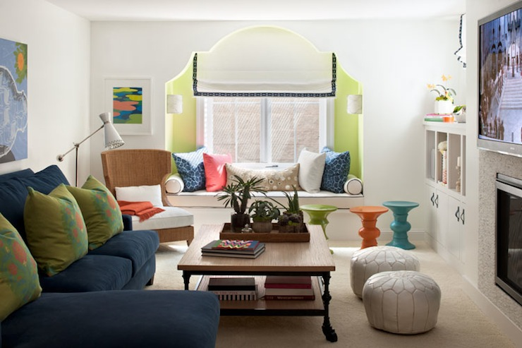 windoe seat alcove contemporary living room benjamin On fun family room decorating ideas